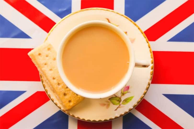 İngilizler cayi neden sutle icer