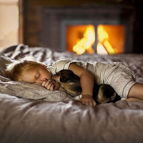 birlikte uyuyan bebekler
