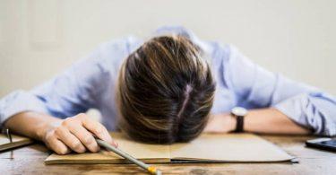 Vücudunuzun stres altında olduğunu gösteren belirtiler
